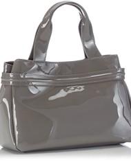 Armani-0523555-shoppers-0-0